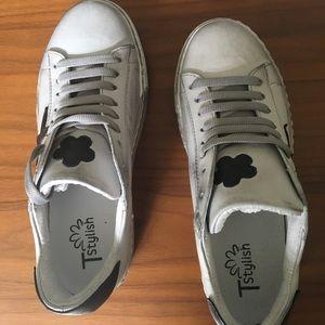 Shoes - tstylish italian leather shoes (like golden goose)